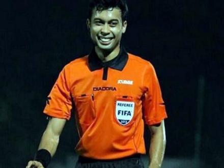 'Tiến Dũng đã phạm lỗi, trọng tài đúng khi thổi penalty U23 Việt Nam'