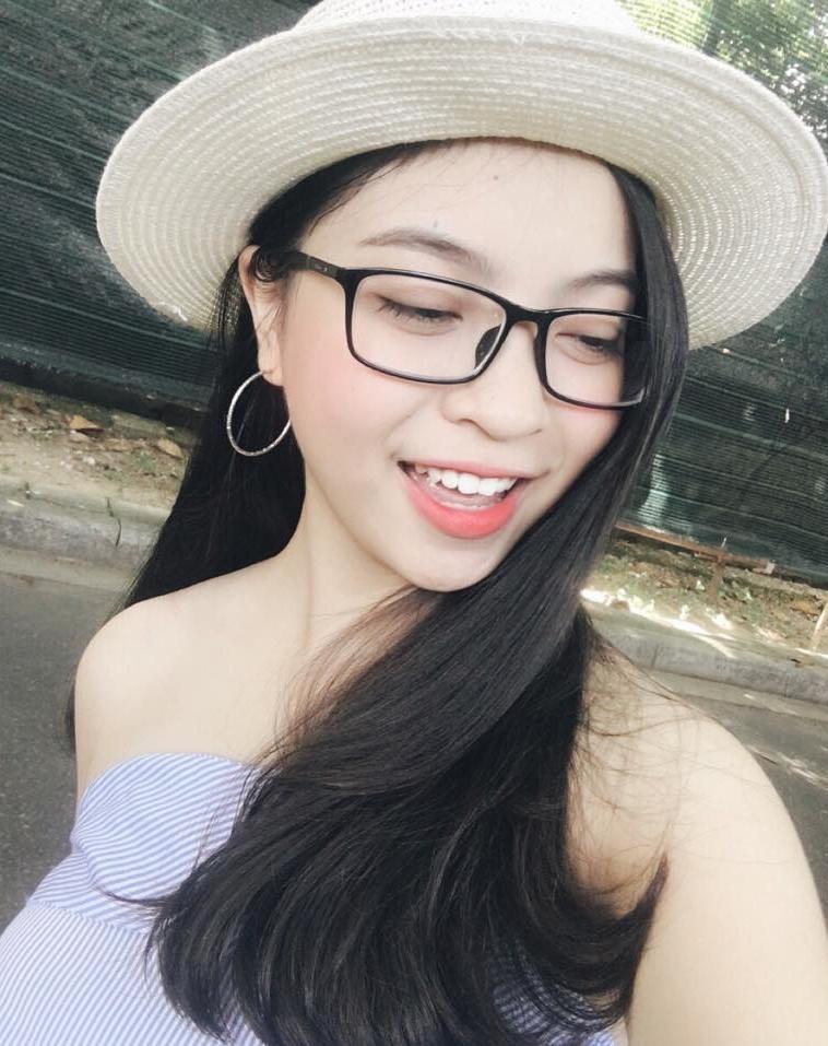 Bạn gái xinh như hot girl của Nguyễn Quang Hải - cầu thủ ghi liên tục 2 bàn thắng trong trận gặp Qatar-3