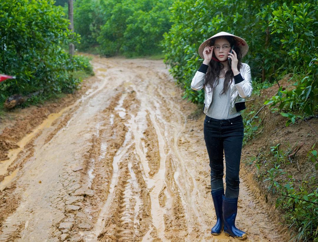 Tin sao Việt: Phạm Quỳnh Anh tự nhủ cố lên, bình yên sẽ đến-5