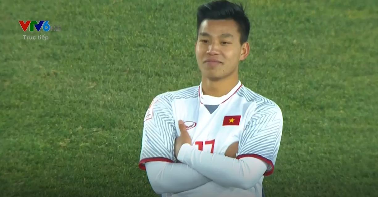 Vũ Văn Thanh - chàng cầu thủ với biểu cảm siêu cool khi sút vào quả penalty cuối đưa U23 vào chung kết!-1