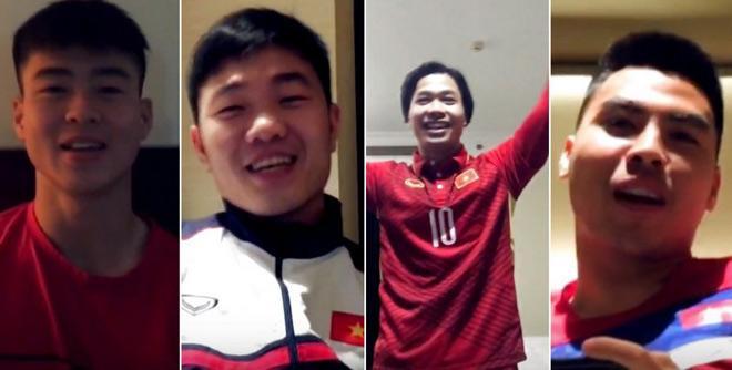 Dàn trai đẹp U23 Việt Nam vui vẻ giúp bạn cầu hôn trước thềm trận bán kết-1