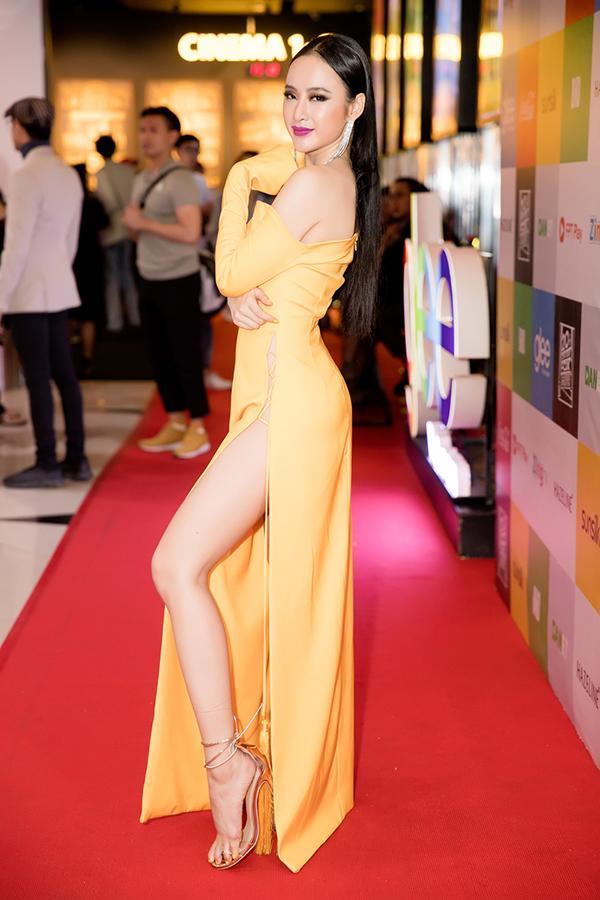 Angela Phương Trinh - Đỗ Mỹ Linh công phá thảm đỏ với sắc vàng rực rỡ nhất tuần qua-3