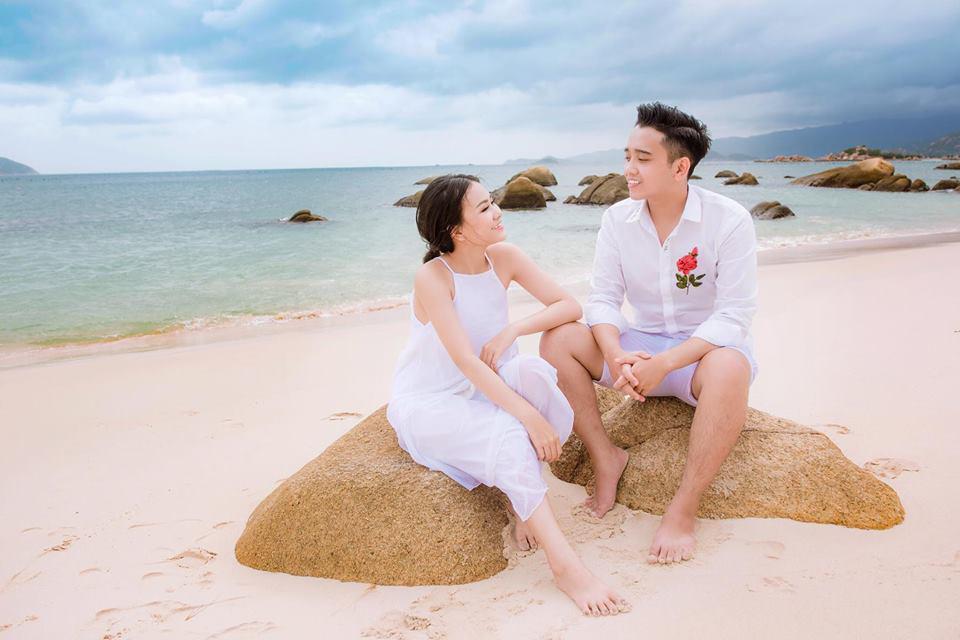 Anh chồng khóc như mưa giữa đám cưới suýt bị bố mẹ vợ từ chối vì thấy trẻ, đẹp trai-7