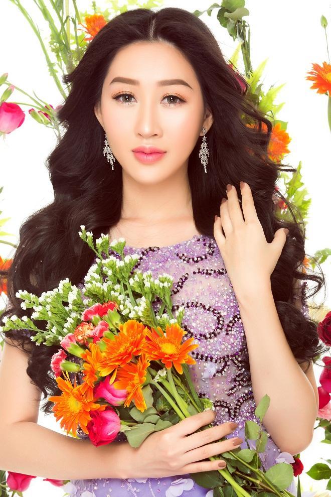 Hoa hậu Huỳnh Thúy Anh hóa nàng xuân chào năm mới 2018-7