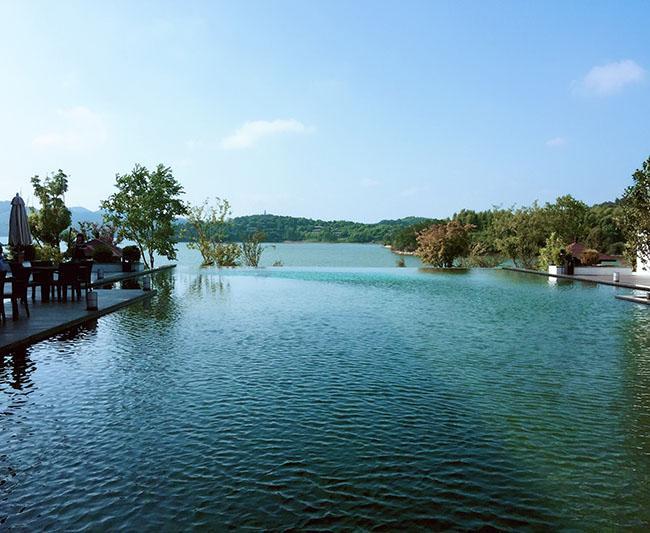 Tới Thường Châu xem chung kết U23, không thể bỏ qua hồ nước đẹp huyền bí này-1