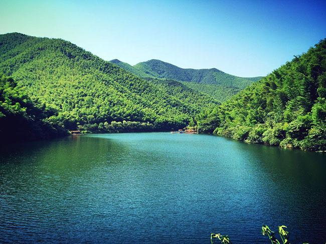 Tới Thường Châu xem chung kết U23, không thể bỏ qua hồ nước đẹp huyền bí này-2