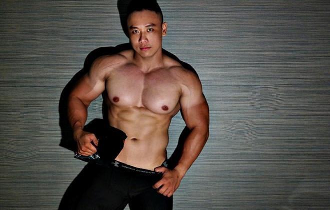 Chàng trai nặng 105 kg vẫn sở hữu cơ bụng 6 múi-2