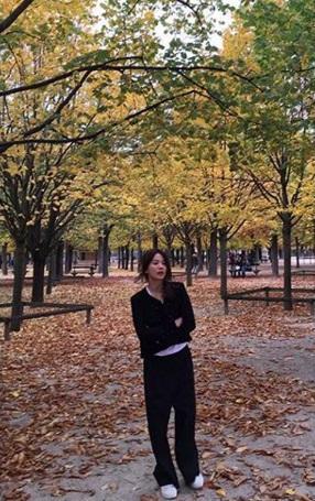 Nghịch lý Song Hye Kyo: Ăn vận kiểu cách thì sến nhưng luộm thuộm chút lại chất đừng hỏi-10