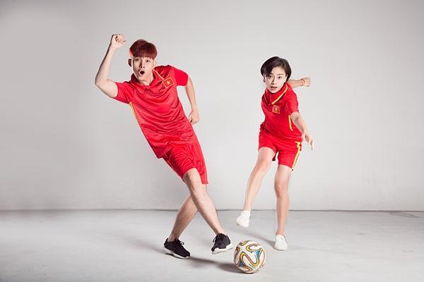 Trước trận chung kết lịch sử, Ngô Thanh Vân và Jun Phạm tung clip cổ vũ U23 Việt Nam-1