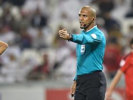 Chân dung trọng tài Ahmed Al-Kaf - người được thay vào phút chót trận tranh hùng Việt Nam - Uzbekistan