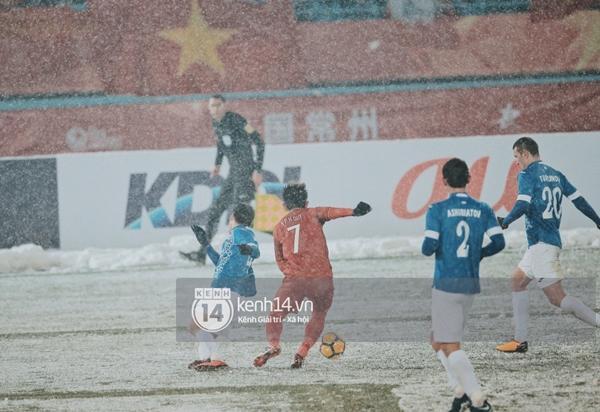 Chùm ảnh độc quyền: U23 Việt Nam đã để lại quá nhiều cảm xúc trên sân và trong hàng triệu trái tim CĐV-3