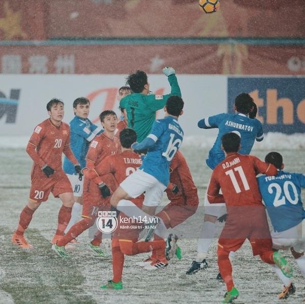 Chùm ảnh độc quyền: U23 Việt Nam đã để lại quá nhiều cảm xúc trên sân và trong hàng triệu trái tim CĐV-10