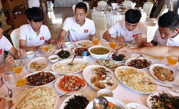Bật mí thực đơn khách sạn cao cấp mà ông Park Hang Seo yêu cầu bằng giá nào U23 Việt Nam cũng phải được hưởng-4