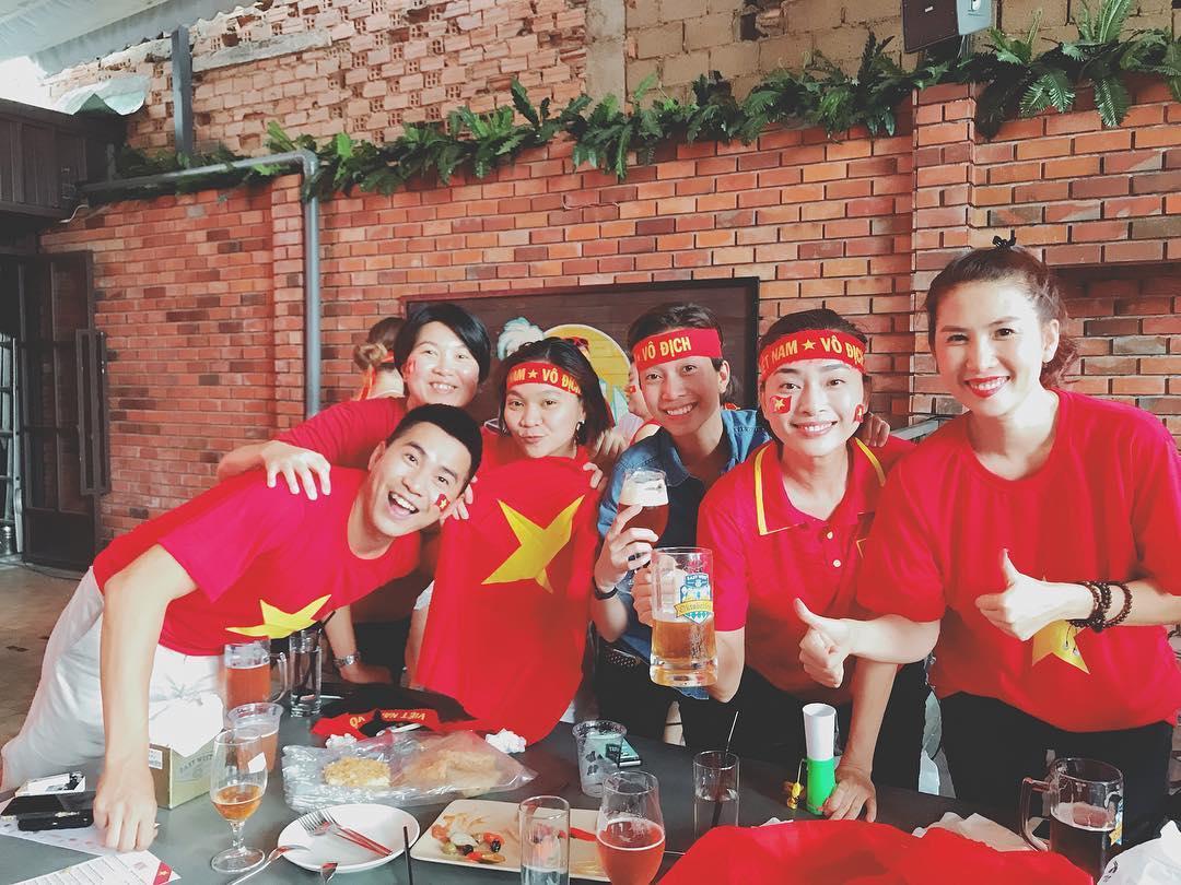 Tin sao Việt: Phương Mỹ Chi thú nhận lần đầu coi bóng đá là vì anh Xuân Trường-3