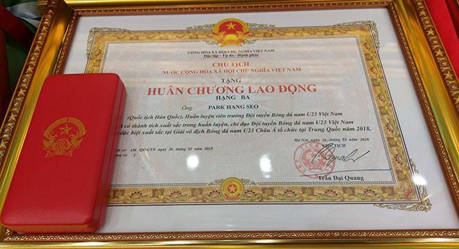 Thủ tướng đón U23 Việt Nam: Chưa bao giờ đợi lâu mà vui thế-7