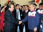 Thủ tướng đón U23 Việt Nam: Chưa bao giờ đợi lâu mà vui thế