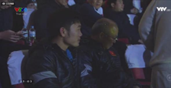 Hot: HLV Park Hang-seo và thủ lĩnh Xuân Trường xuất hiện-2