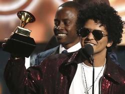 'Tất tần tật' về ca khúc giúp Bruno Mars đại thắng tại Grammy 2018