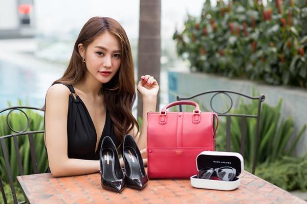 Ngắm những món hàng hiệu đắt xắt ra miếng của người mẫu Linh Chi-3