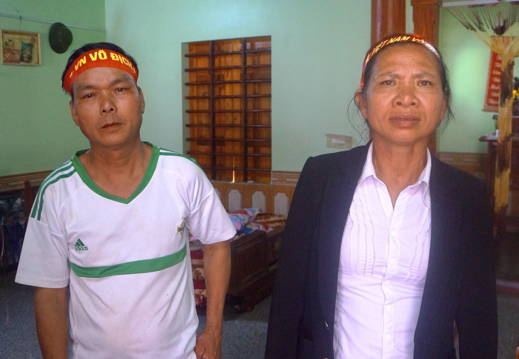 Hậu vệ Phạm Xuân Mạnh: Có tiền thưởng con gửi về để bố mẹ trả nợ-2