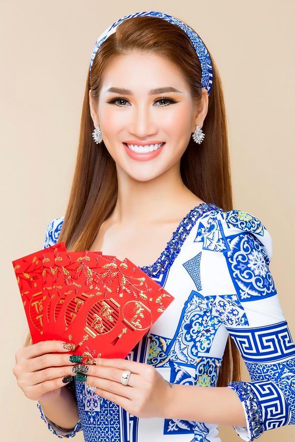 Người mẫu Quỳnh Thi gây thương nhớ với áo dài xuân-4