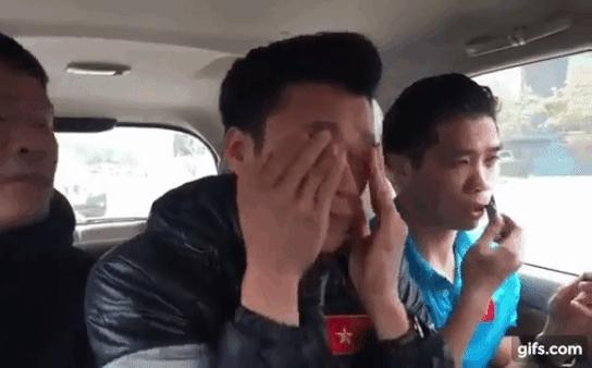Hồng Duy Pinky mê đắp mặt nạ, Quang Hải - Công Phượng điệu chẳng kém khi nghiện son-3