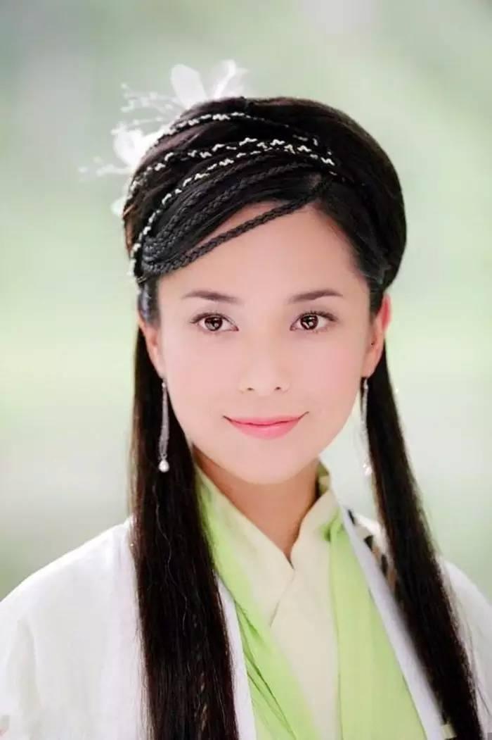 Hoa hậu Hong Kong từng phá thai để đóng phim bây giờ ra sao?-4