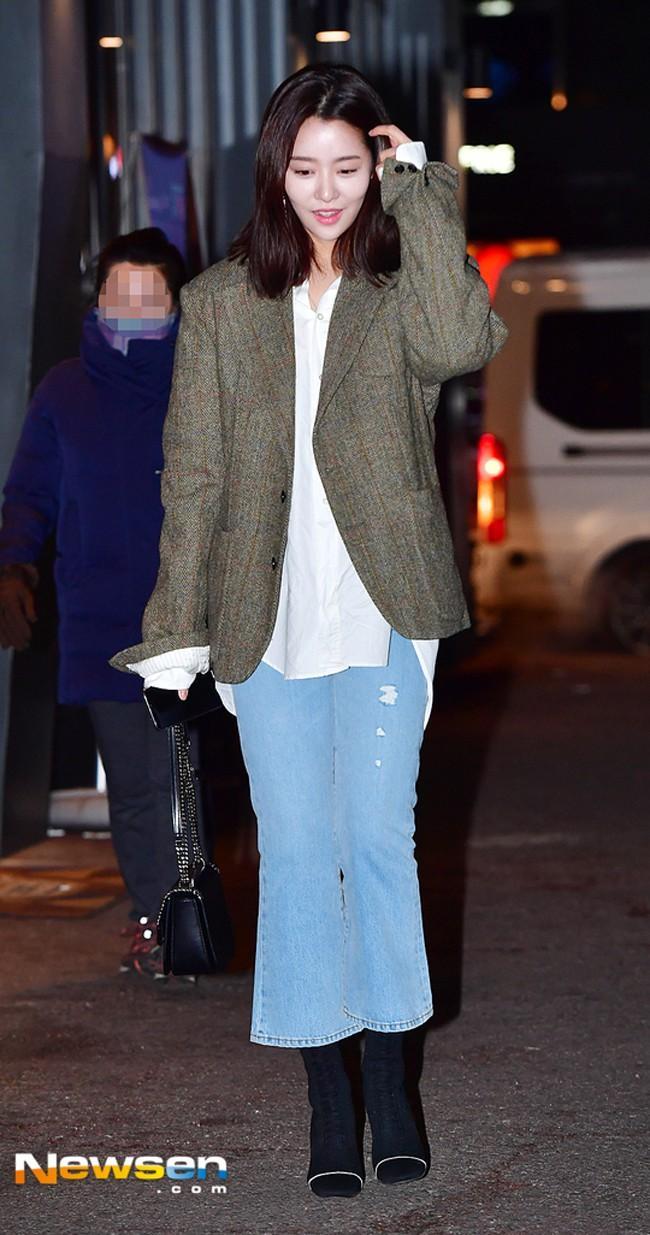 Diện street style đón đầu xu hướng như Park Shin Hye - Irene - Suzy - cô nàng cử tạ Lee Sung Kyung-4