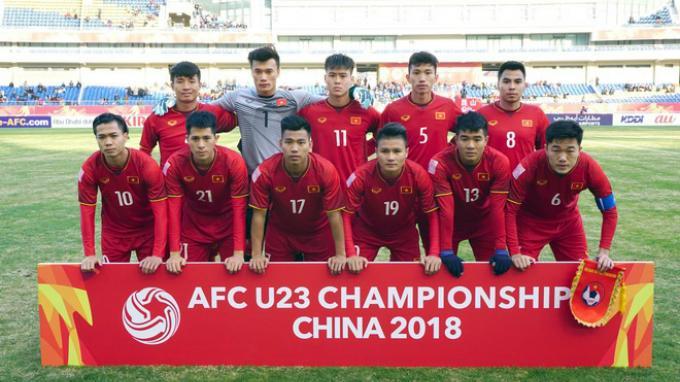 Những lần diện đồ tập thể đốn tim chị em của U23 Việt Nam-1