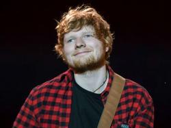 Ed Sheeran đã ở đâu khi được xướng tên tại Grammy?