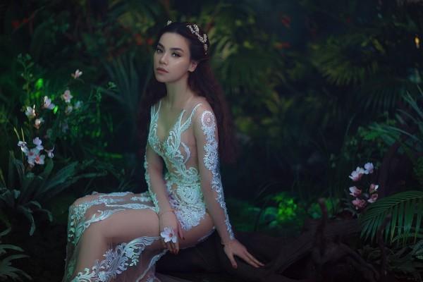 Sao Việt thích diện váy áo trong suốt dễ gây nguy hiểm, khiến người đối diện hoa cả mắt!-7