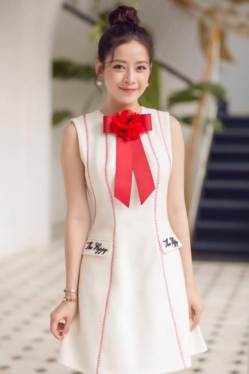 Chi Pu quả lợi hại! Chặt đẹp cả Angela Phương Trinh và Tú Hảo khi diện lại thiết kế cũ-1