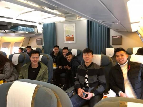 Cận cảnh dàn sao U23 Việt Nam chuẩn bị 'đổ bộ' vào TP HCM-1