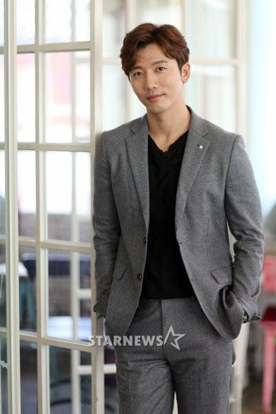 Hé lộ bộ ảnh cưới bí ẩn và quyến rũ của Big Bang Taeyang và Min Hyo Rin-6