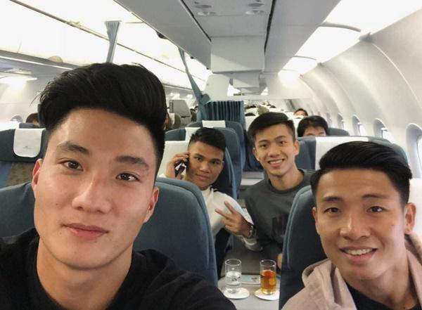 Dàn tuyển thủ U23 Việt Nam được bay sang chảnh hạng thương gia khi đến TP.HCM-9