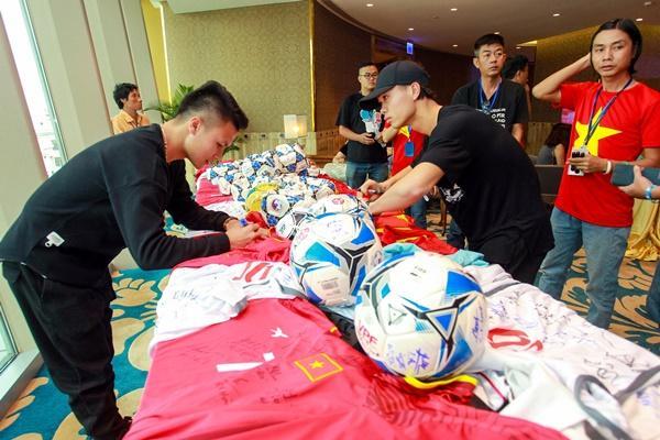 Dàn tuyển thủ U23 Việt Nam được bay sang chảnh hạng thương gia khi đến TP.HCM-12