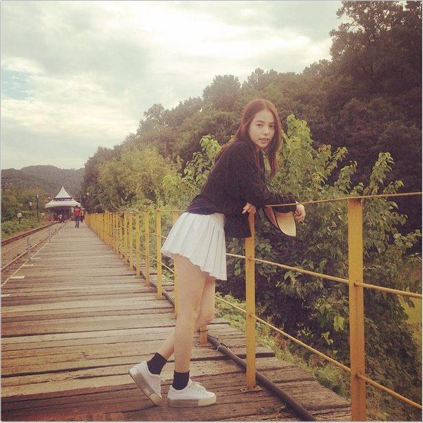 Nhan sắc hấp dẫn và gu thời trang sành điệu của Min Hyo Rin - vợ sắp cưới Big Bang Taeyang-9
