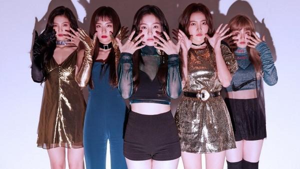 14 girlgroup cộng lại cũng không bằng TWICE: Đừng so sánh họ với Red Velvet nữa-4