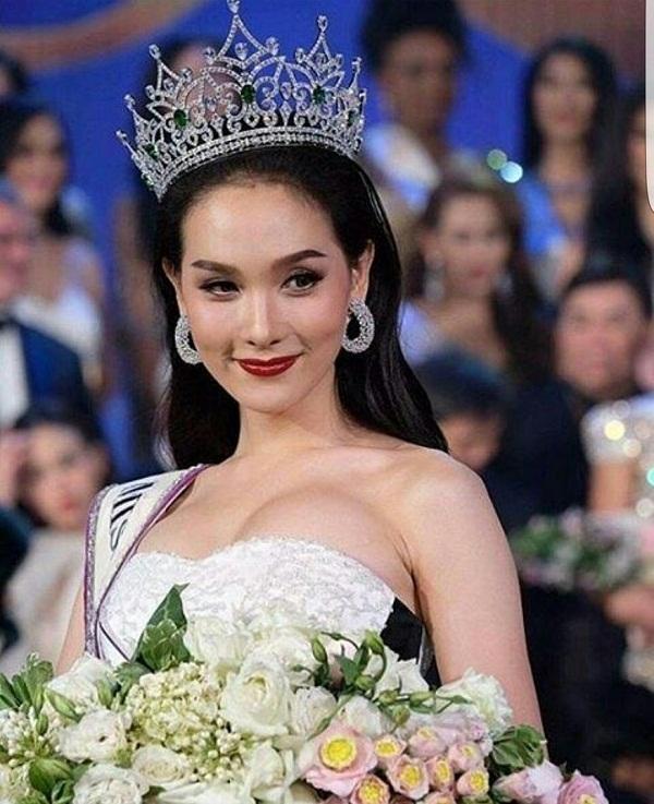 Nhìn lại 12 cựu Hoa hậu Chuyển giới, nhan sắc của Hương Giang Idol có cửa để đăng quang?-13