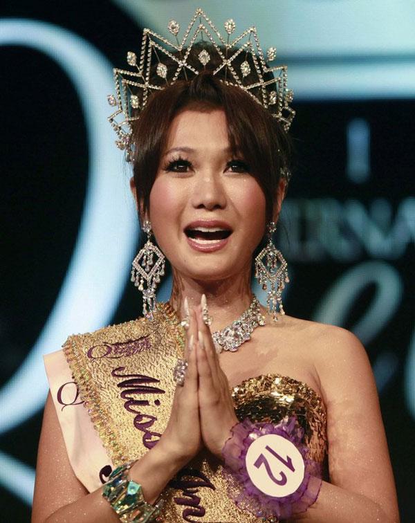Nhìn lại 12 cựu Hoa hậu Chuyển giới, nhan sắc của Hương Giang Idol có cửa để đăng quang?-6