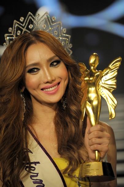 Nhìn lại 12 cựu Hoa hậu Chuyển giới, nhan sắc của Hương Giang Idol có cửa để đăng quang?-7