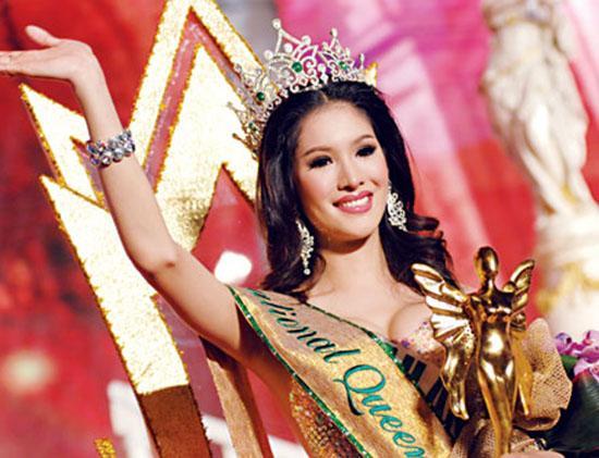 Nhìn lại 12 cựu Hoa hậu Chuyển giới, nhan sắc của Hương Giang Idol có cửa để đăng quang?-8