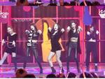 Hết bị 'ném đá' trang phục phản cảm, Red Velvet lại bị chê nhảy không đều