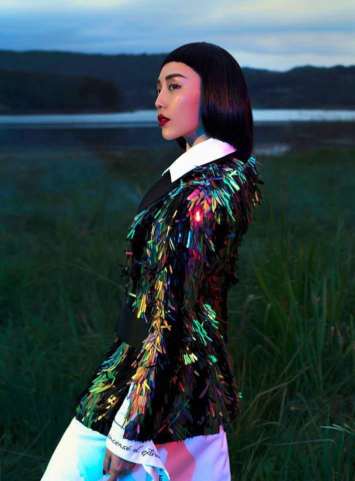 Hoa hậu HHen Niê bất ngờ để tóc dài, diện thiết kế đụng hàng Tóc Tiên-5