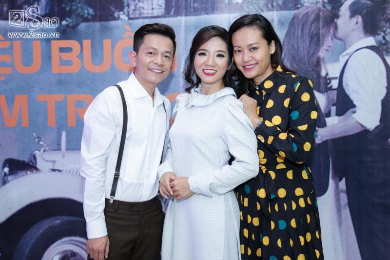 Hồng Ánh sánh đôi Minh Luân đến chúc mừng MV 400 triệu của Tuấn Tú Bolero-2