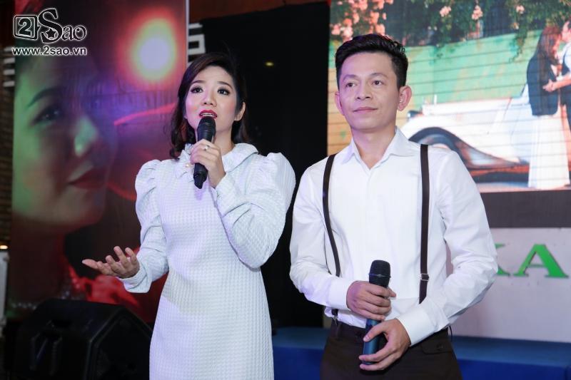 Hồng Ánh sánh đôi Minh Luân đến chúc mừng MV 400 triệu của Tuấn Tú Bolero-7