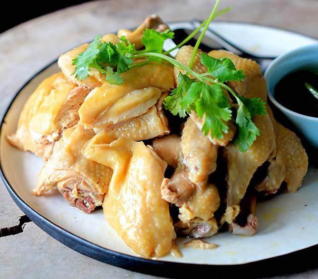 Thịt gà luộc - Món ăn người hùng Quang Hải mê tít, đánh bay cả con-1