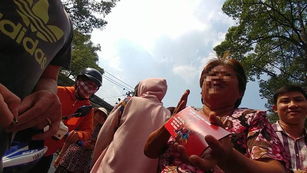 Cháy vé miễn phí giao lưu U23, CĐV Sài Gòn bị chào vé chợ đen-4