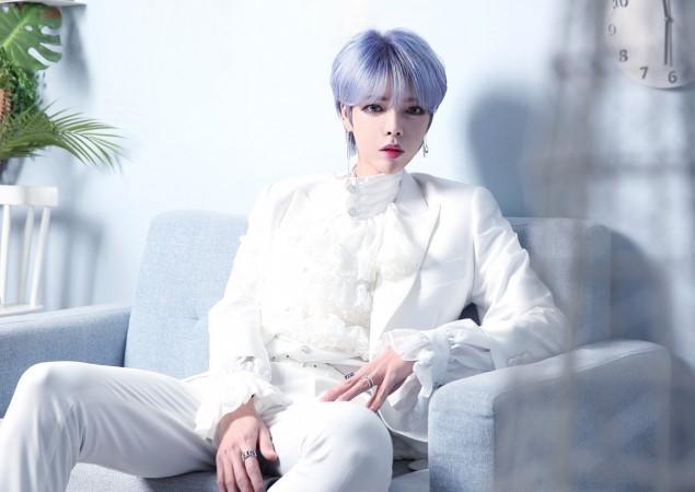 Nhóm nhạc nam Kpop gây sốc với ngoại hình giống hệt con gái-5