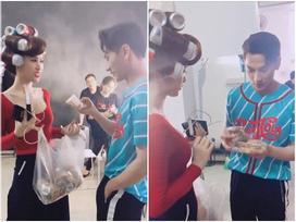 Clip: Isaac sợ mất vía vì Đông Nhi bán bánh 'lầy lội' như mời hàng đa cấp